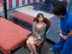 「お年玉10万円企画」若い主婦が賞金目当てにマッサージを受けて、そのままパコられちゃう!