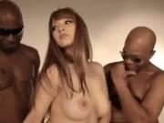 【ティア】超絶美人なハーフ系ギャルが、ローションマットや3Pセックスで、経験したことのない黒人のデカチンに失神イキしちゃう!