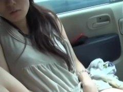 【人妻ナンパ】お互いが家族持ちのスレンダー人妻と不倫!ムラムラが我慢できなくなって車内プレイの寝取りセックス!